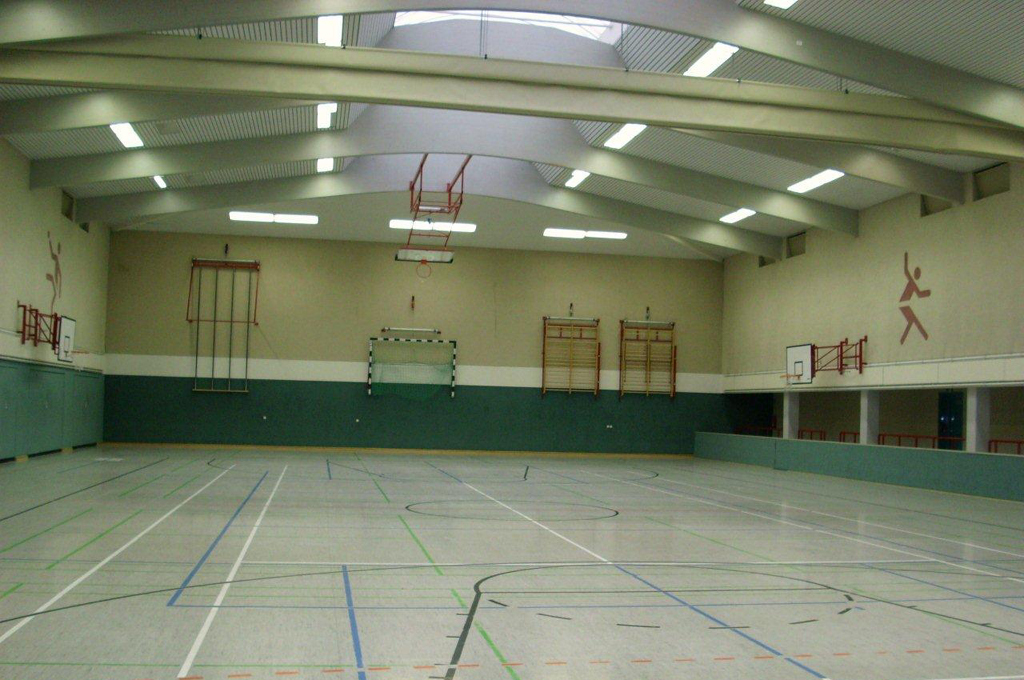 Turnhalle Weinholdschule 1